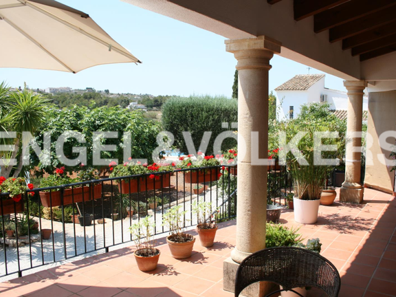 House in Jávea Golf - Rustic Property next to the Javea Golf Course. Covered terrace with views at the entry.