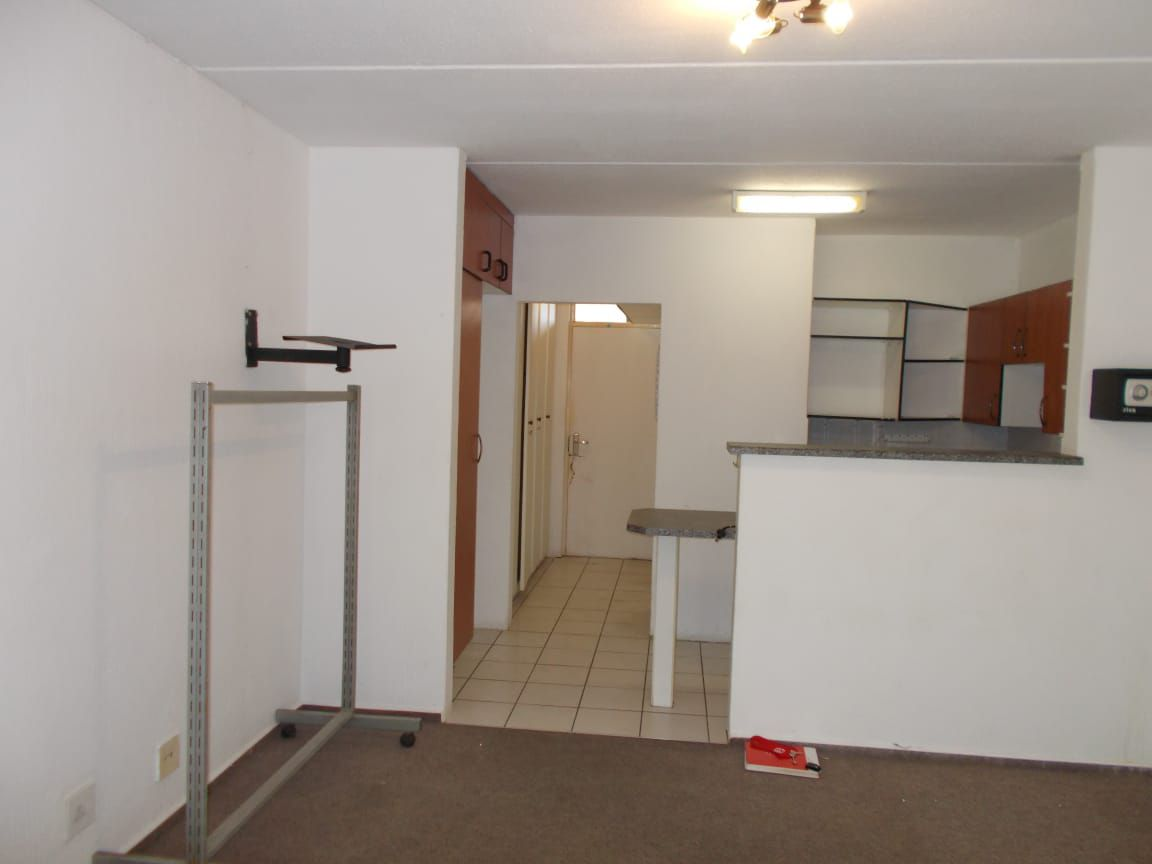 Apartment in Bryanston East Ext 3 - WhatsApp Image 2020-10-19 at 12.18.16 PM.jpeg