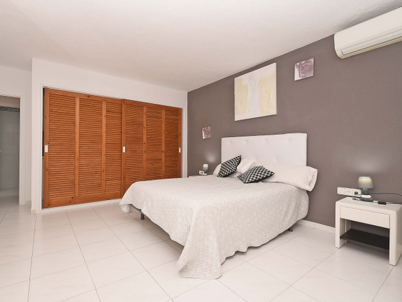 House in Sta. Eulalia - One of the four bedrooms