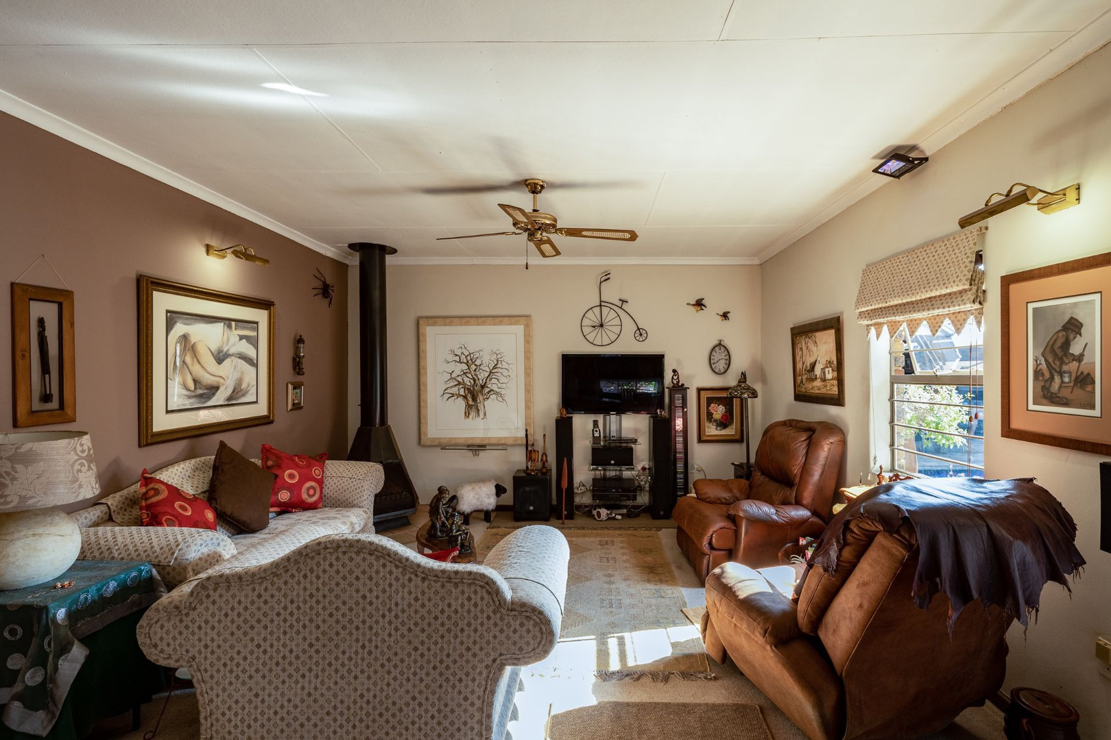House in Monument Park Ext - Family Room