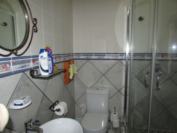 Condominium in Uvongo - 008_Bathroom_2.JPG