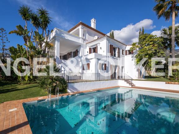 Villa for sale in Monte Paraíso Country Club