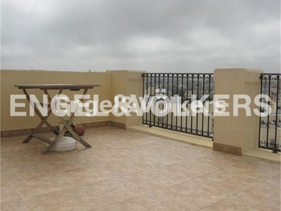 Condominium in Sliema - Sliema. Penthouse, Terrace
