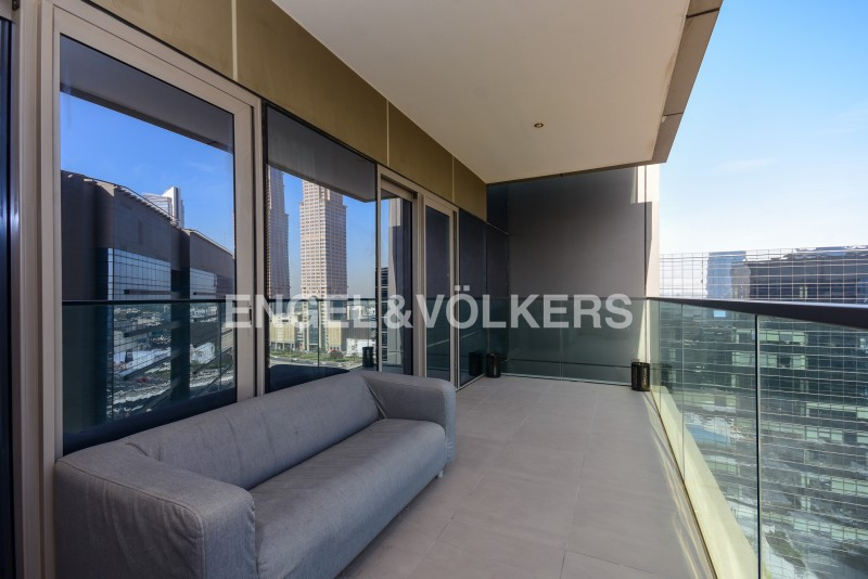 Apartment in The Onyx Tower 2
