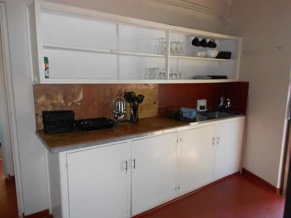House in Melville - 004_Kitchen_Dl5T3qf.JPG