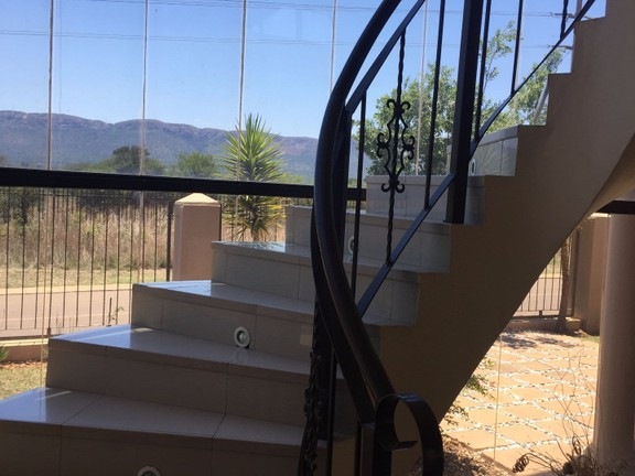 House in Xanadu Eco Park - Stairs with a view