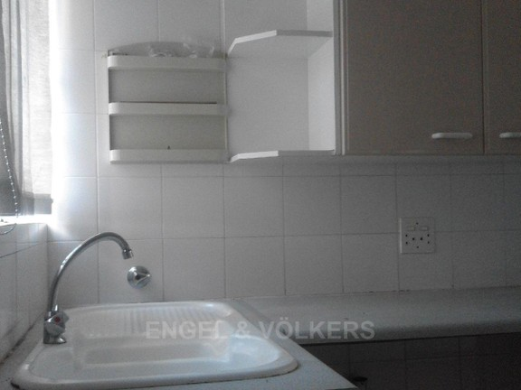 Condominium in President Park - Kitchen