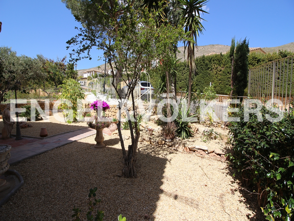 House in Finestrat - Excellent house with plot and views. Plot