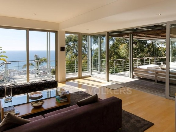House in Bantry Bay - Lounge Deck Area