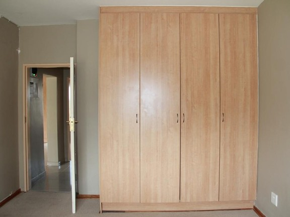 Apartment in Tuscany - Cupboard_Room_1.jpg