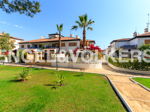 House in Mil Palmeras