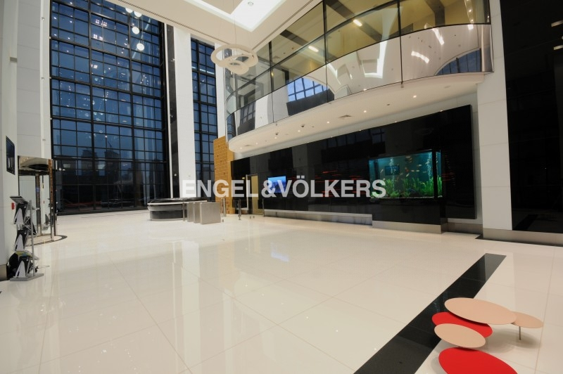 Retail Services in Jumeirah Business Center 4