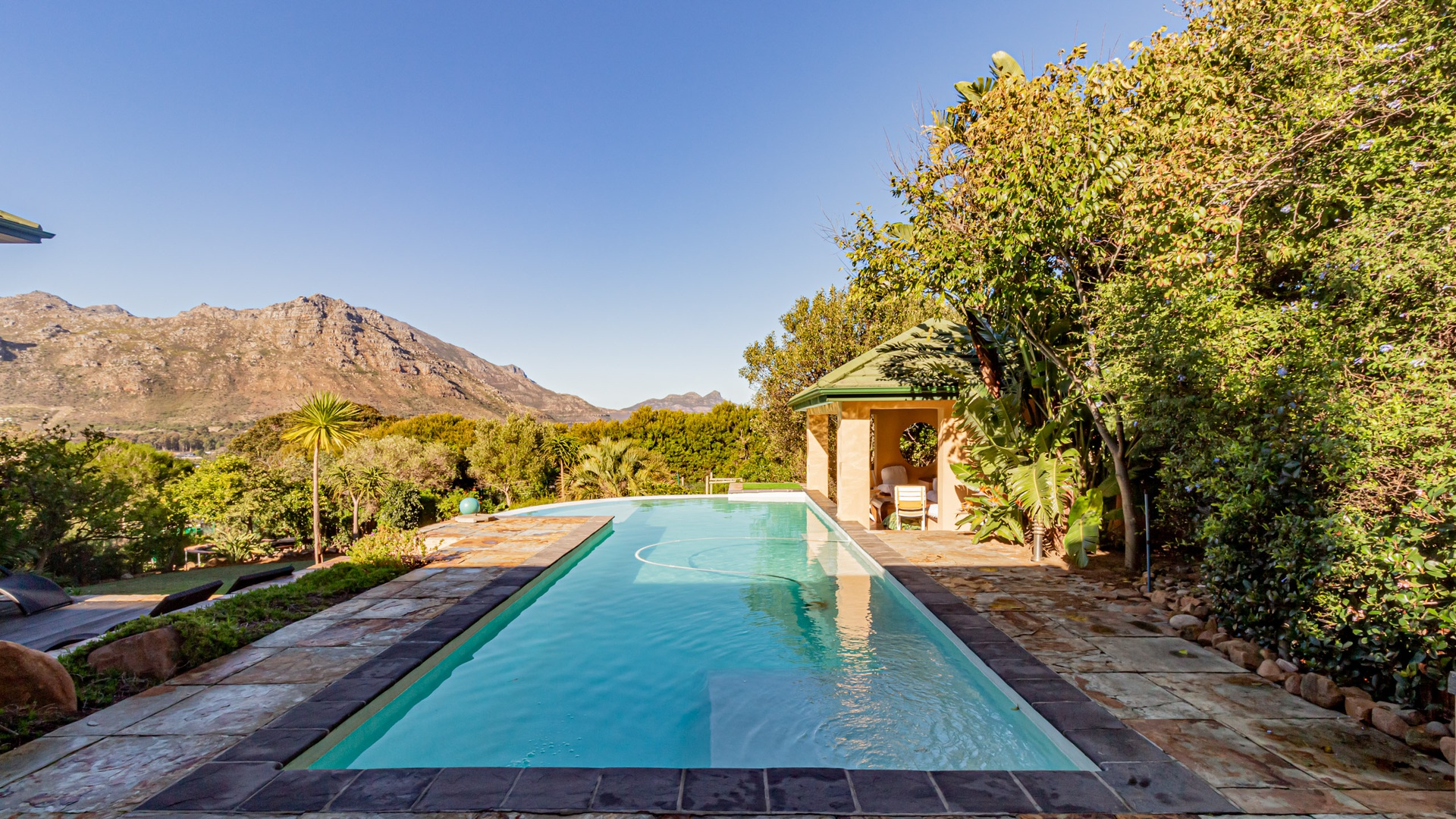 House in Hout Bay - Image-028.jpg
