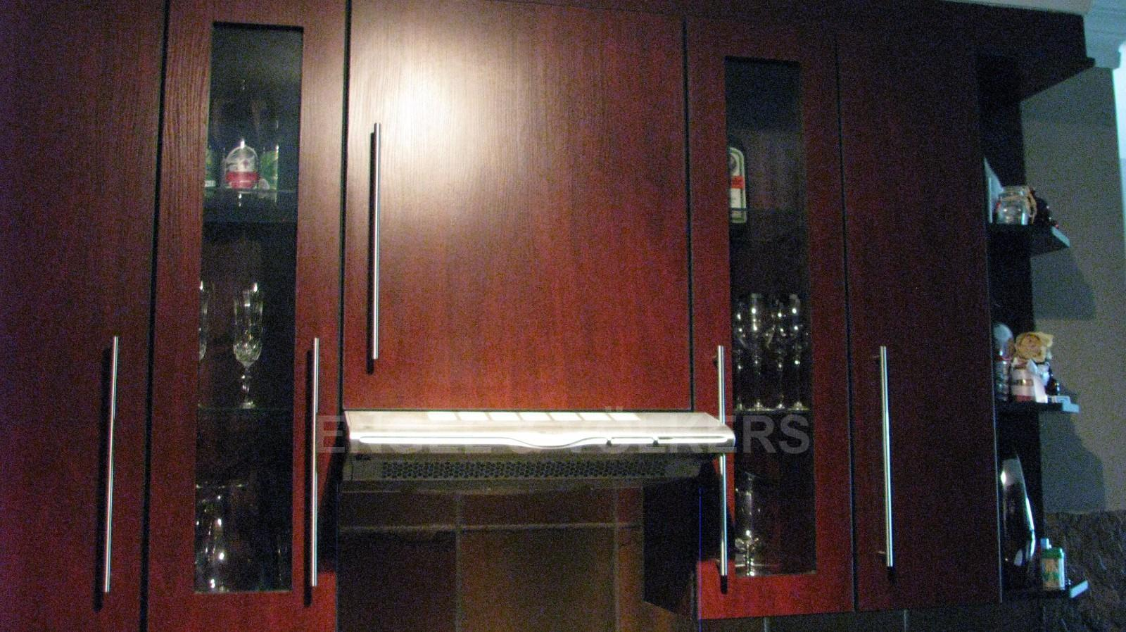 House in Melodie - Lots of cupboards space
