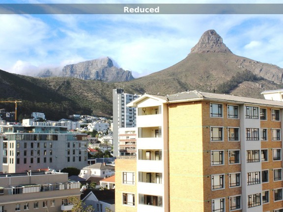 Condominium in Sea Point - Lions head views