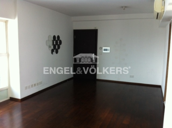 Apartment in Sheung Wan/Central/Admiralty - Centre Stage 聚賢居