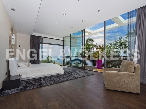 House in Benidorm Rincón de Loix - Ultra luxury villa with breathtaking views. Master bedroom