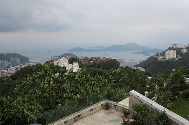 wsj_peak_hong_kong_house_engelvoelkers_
