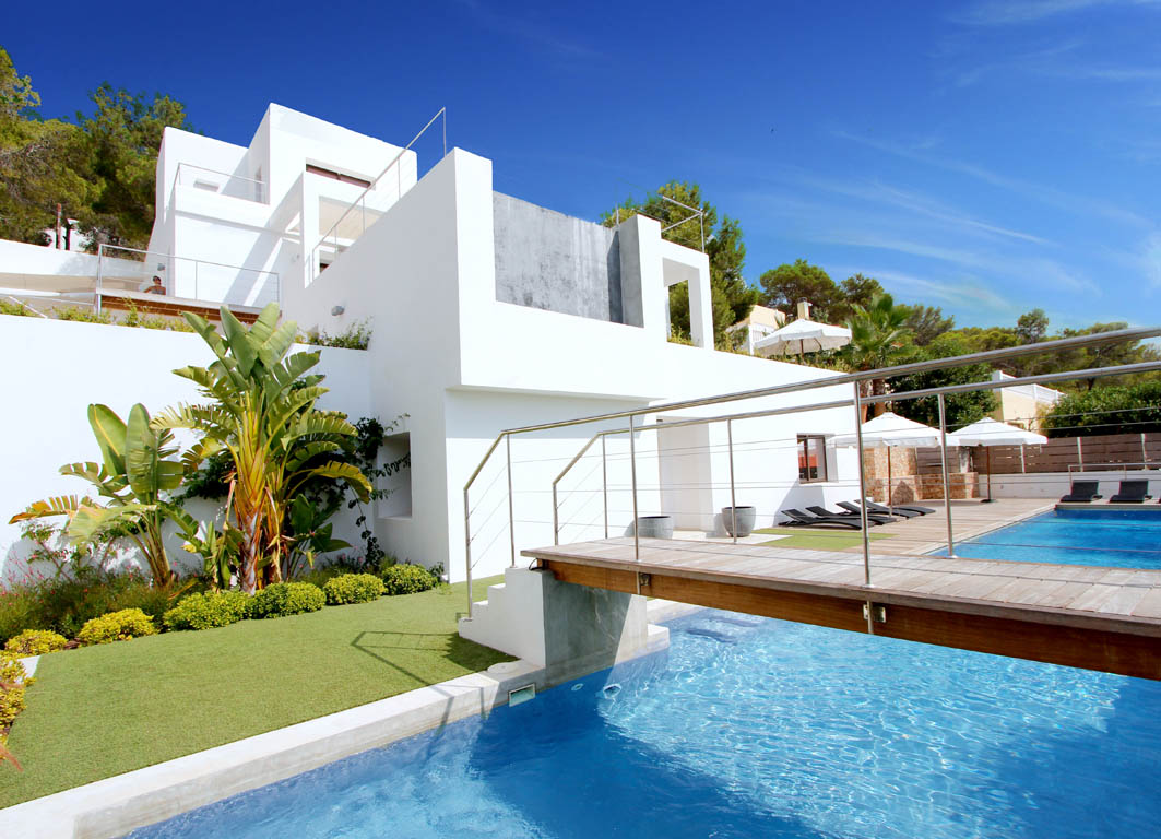 Sell or rent your house in Ibiza