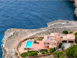 Villa in Cala Pi Mallorca South