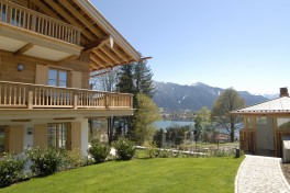 Apartment in Tegernsee with lake and mountain views