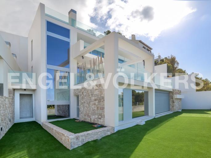 Engel & Völkers Altea - Eleven Luxury Villas 01