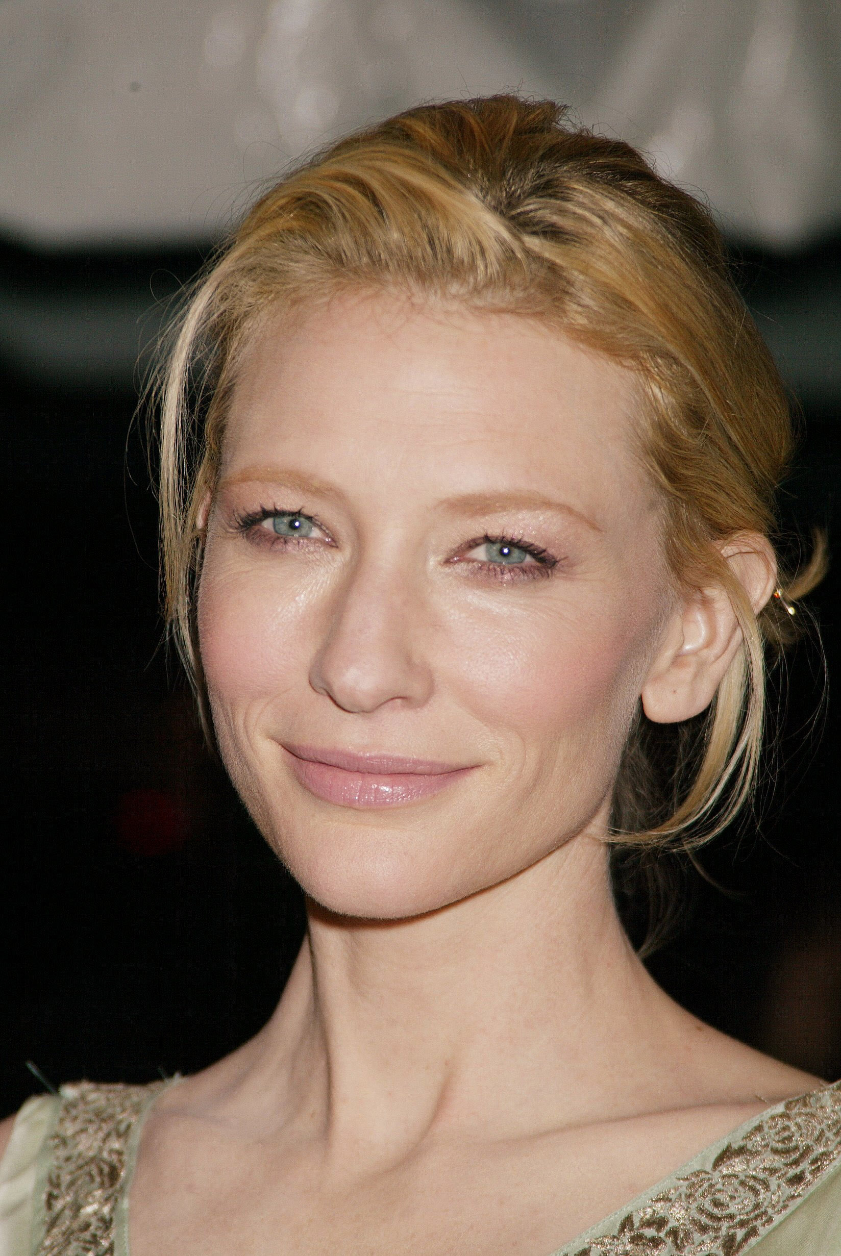 Cate Blanchett: A holiday cottage in Australia!