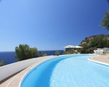San Carlos : Property directly at the Oceanfront with a large pool