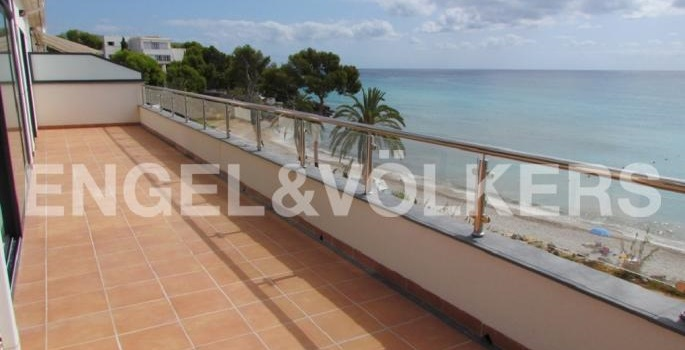 exceptional-sea-front-penthouse-07