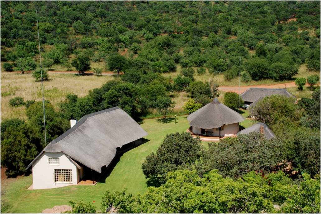 Rondekop - Luxurious base camp facilities nestled in the Vredefort Dome