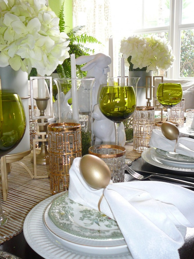 furniture-attractive-easter-home-table-decor-with-golden-eggs-on-white-napkins-and-white-flowers-bouquet-also-glass-candle-holder-plus-green-glass-design-ideas-beautiful-easter-home-decorations-design