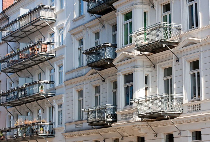 Real Estate News: Buying or renting?
