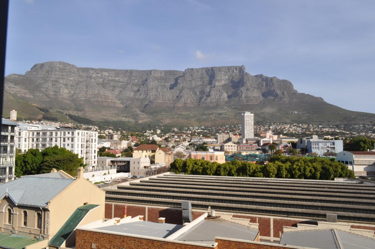 to rent at the square city centre cape town