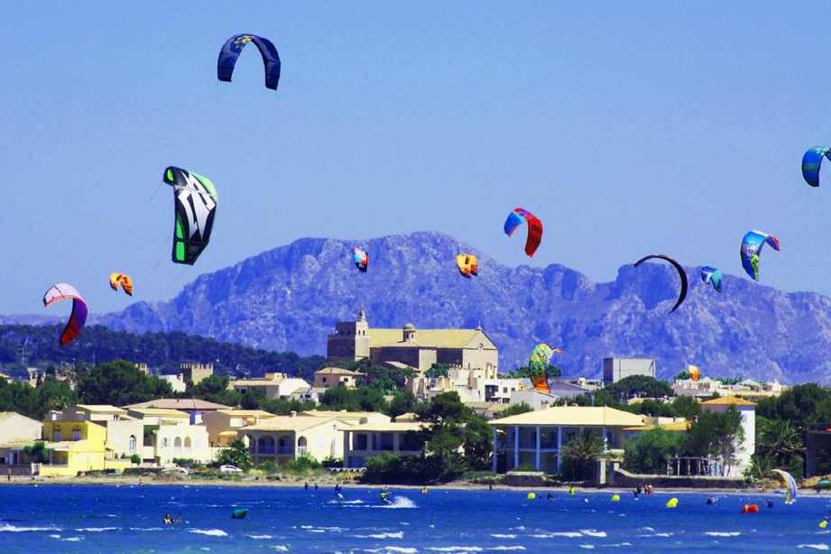 Pollensa Bay, the best place for Kitesurf lovers