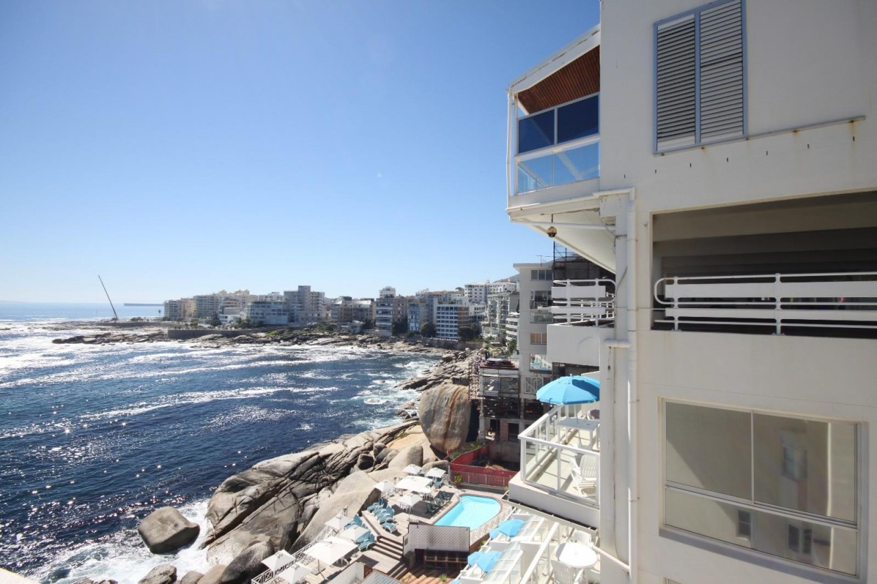 apartment for sale bantry bay