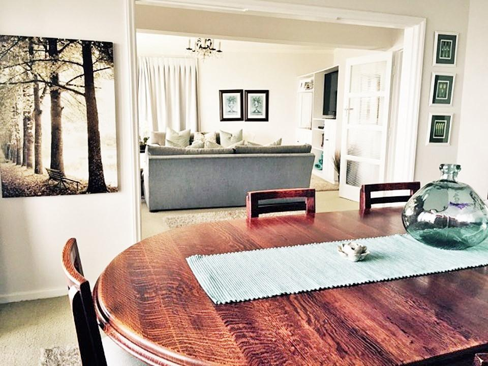 luxury apartment for rent in sea point