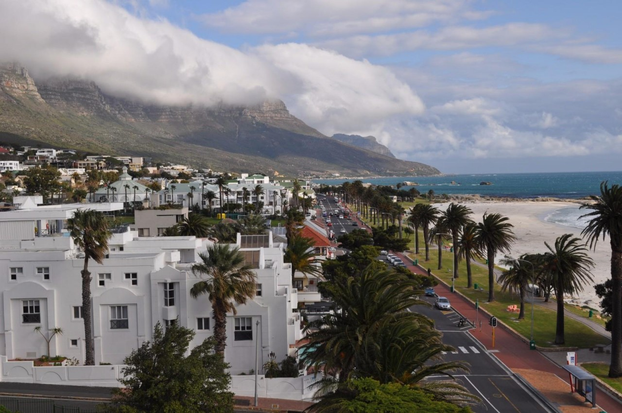 apartment for rent camps bay