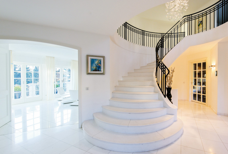 Stairs as a design element in your home