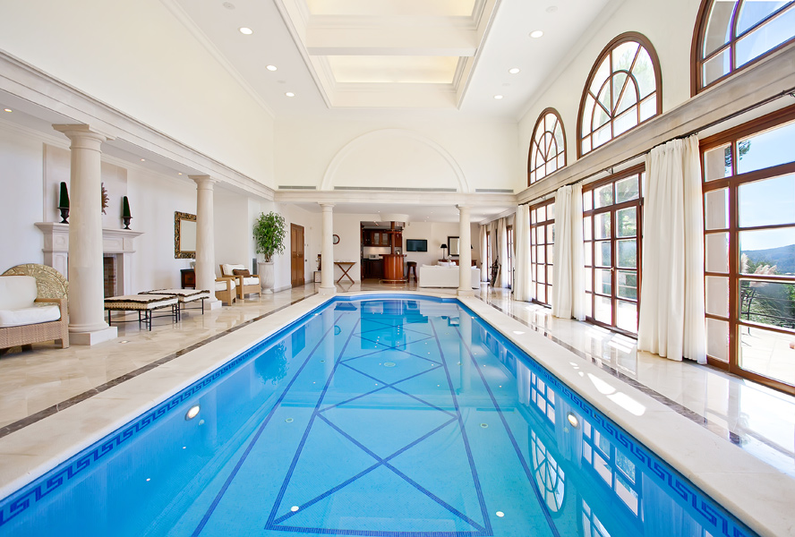 Pure luxury: Fantastic indoor swimming pools