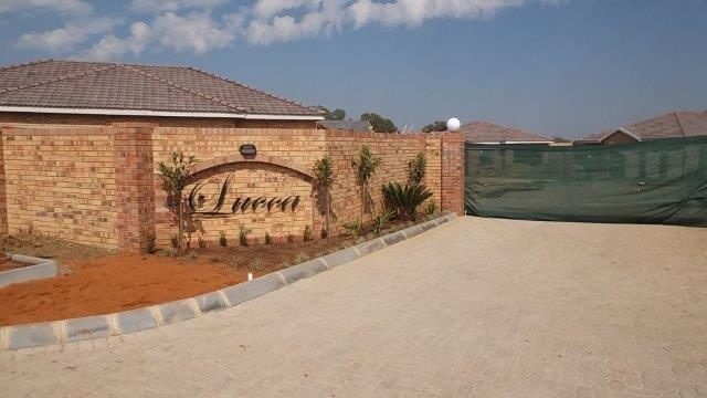 The entrance to Lucca, situated in Lifestyle Estate, Potchefstroom