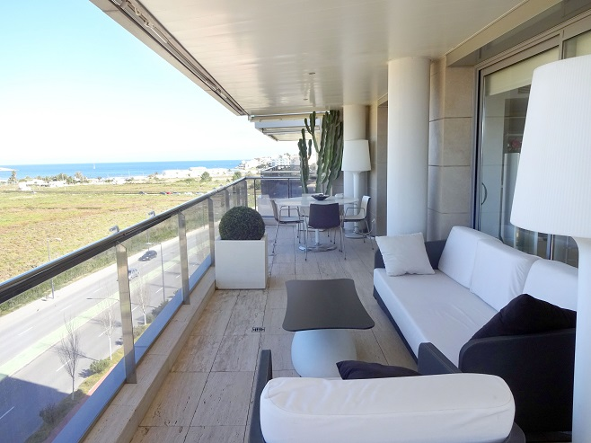 Terrace of a villa overlooking the sea (Ibiza)