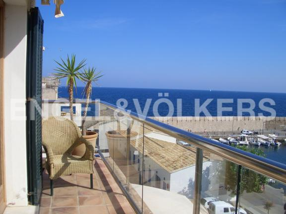 Terrace of a property with sea views (Cala Ratjada)