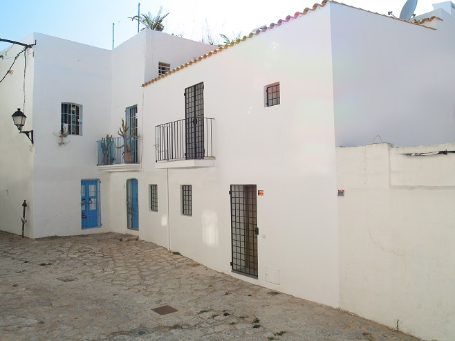 Cozy house on a small street (Ibiza)