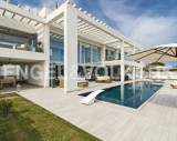 Immaculate villa by the sea (Puerto Pollensa)