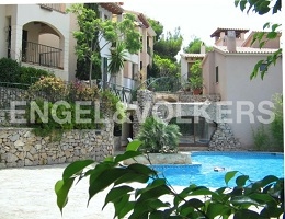 House in high quality residential complex (Canyamel)