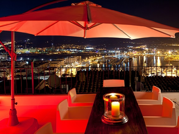 Property at night with breathtaking views (Ibiza)