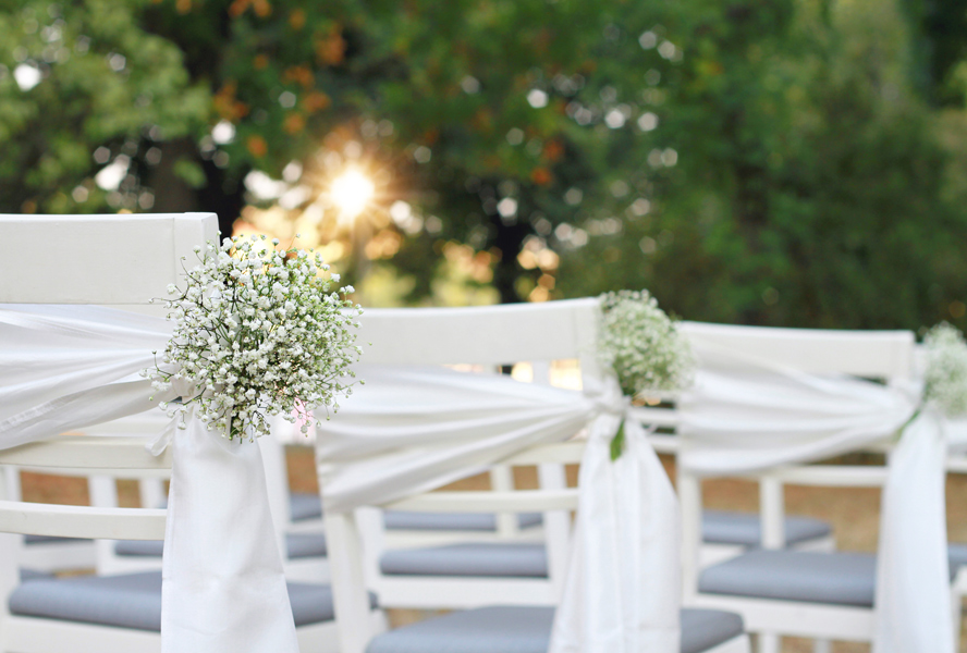 Enchanting garden wedding decorations: a how-to guide