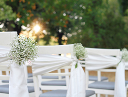 Enchanting garden wedding decorations: Decor