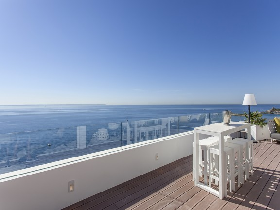 Apartment with stunning sea views for sale in Portals